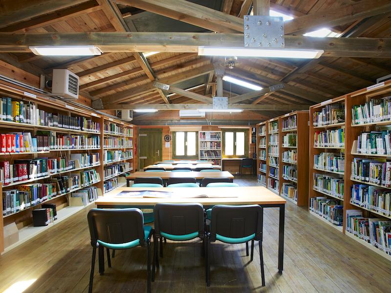 Nevzat Gökyiğit Botanik Bahçesi Kütüphane